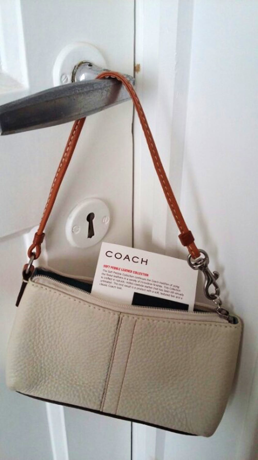 coach wristlet en cuire v u00e9ritable d u0026 39 une taille id u00e9ale pour accueillir des billets des cartes et