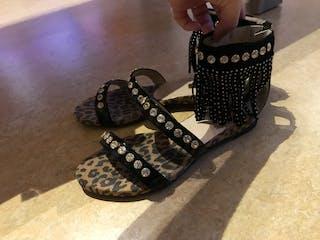 Sandale ouverte marq...