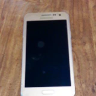 Samsung Galaxy a3 20...