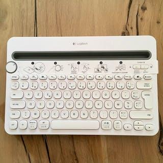 Clavier Logitech K48...
