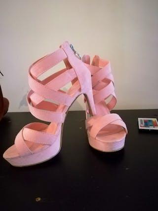 Chaussures a talon p...