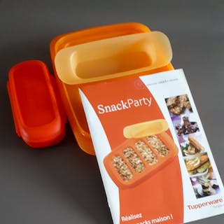 Tupperware snack par...